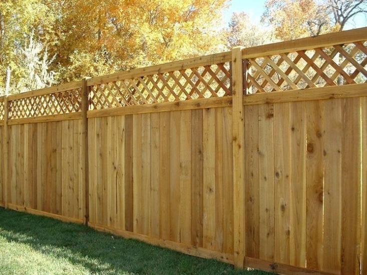Realizzazione di recinzioni e staccionate in legno - Staccionate in legno per giardini ...